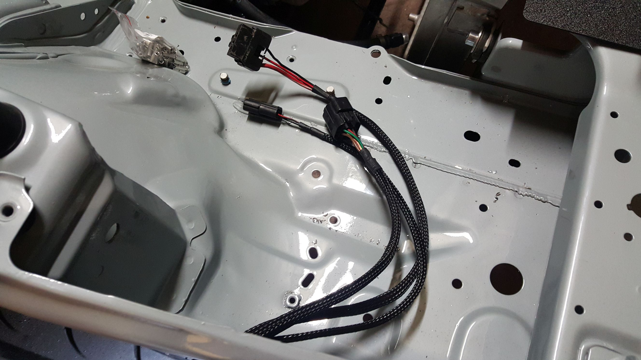Lots Of Photos Wire Tuck Omgpham Exposed Wiring Harness The Headlight Assemblies Back In Most Wires Are Out Sight